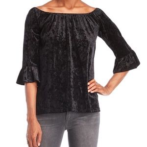 BeachLunchLounge Bell Sleeve Velvet Top